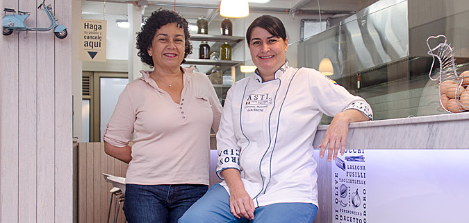 Mónica Gómez y Giovanna Biancardi