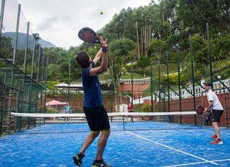 Pádel en Medellín: Gabriel Romero completa cinco meses sumando adeptos a este deporte en la loma del Chinguí, en Envigado.