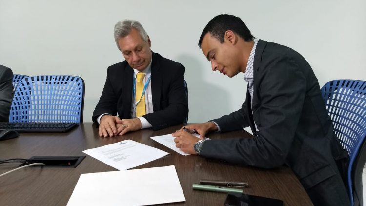 Firma acuerdo Brasil  - Medellín