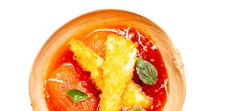 Mermelada de tomate con cuajada apanada