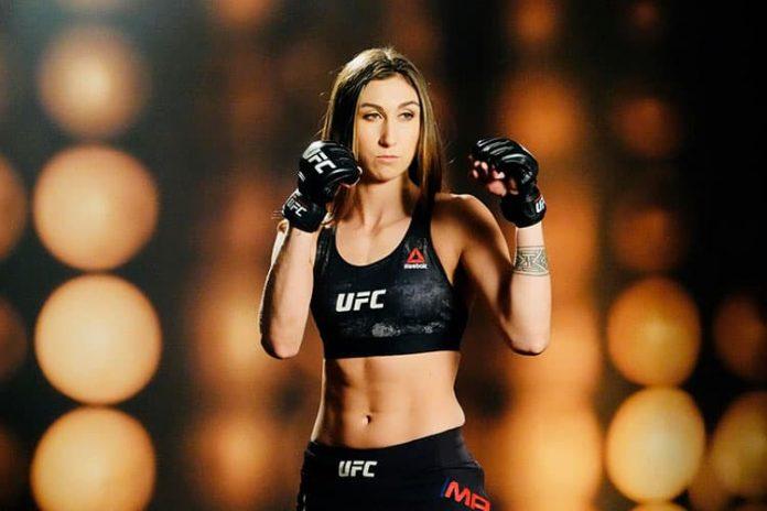 Sabina es la primera colombiana que combate en la UFC