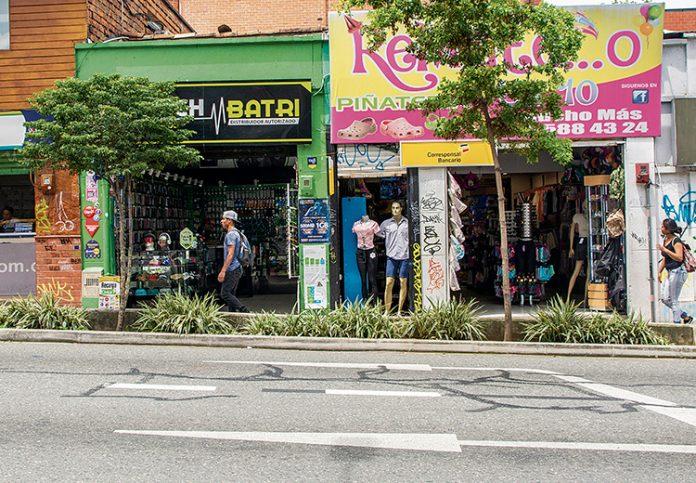 En la calle 10 de El poblado no inician obras en fachadas