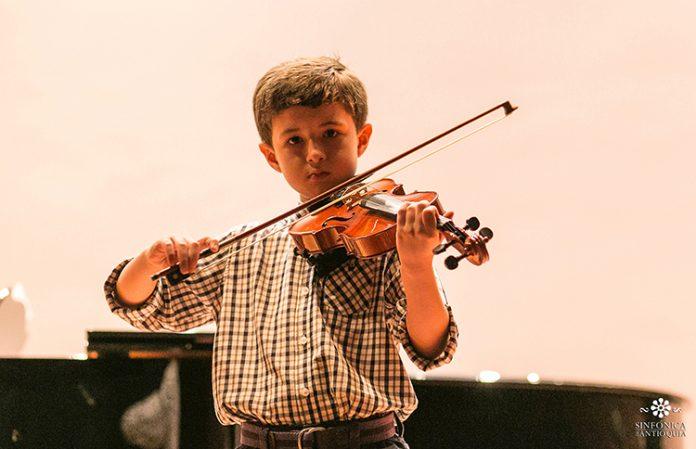 Beneficios de la iniciación musical en los niños