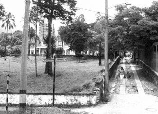 Una de esas postales del viejo barrio es la calle 7 sur, en el área de la avenida El Poblado, hoy en la zona de Santa fé, el edificio Forum y Panamericana.