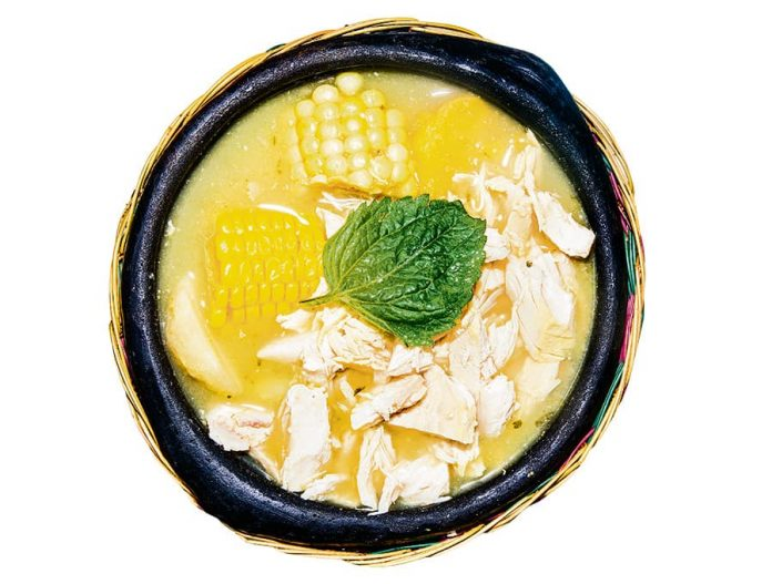 Receta tradicional del ajiaco santafereño