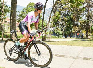 Aprende en un minuto con Bike Girls bicicleta