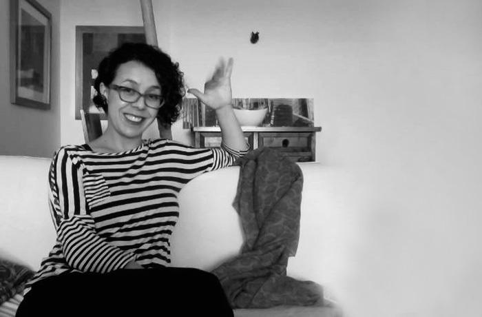 Galería Lokkus y la artista Camila Echeverría vienen recogiendo archivos, documentos, fotos, voces, que permitan contar la historia del barrio El Poblado