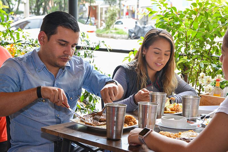 Desde hace tres años Cucayito sirve delicias de la Costa Caribe en Laureles.