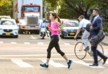 La vida sedentaria muy en silencio captura las horas y, con el paso del tiempo, amenaza la salud a niveles incluso de riesgo de perder la vida