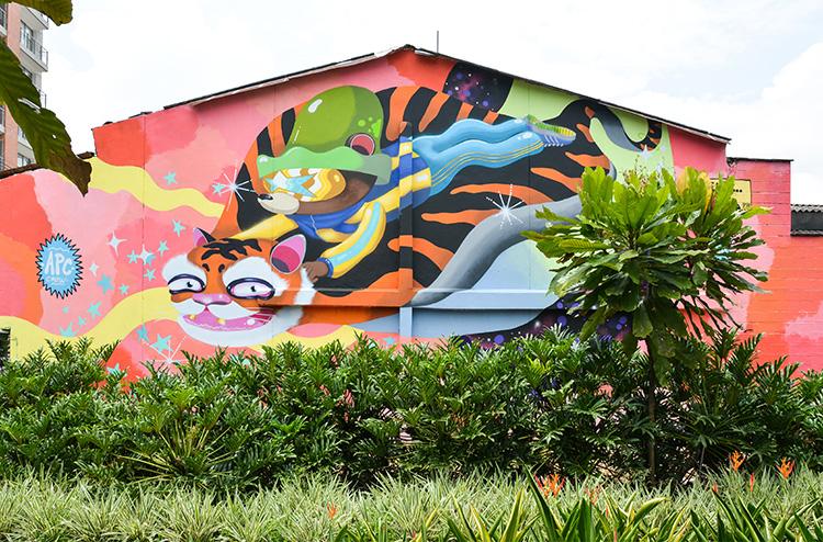 Los grafitis de la 43C