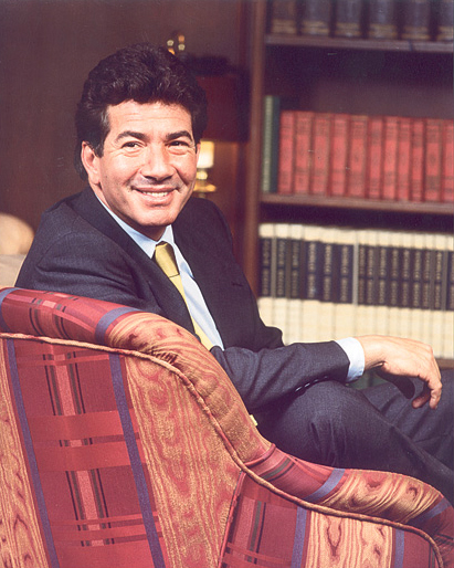 Luis Roberto Mora
