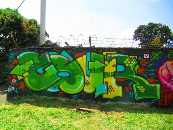 De tags, arte urbano, muro y grafiti