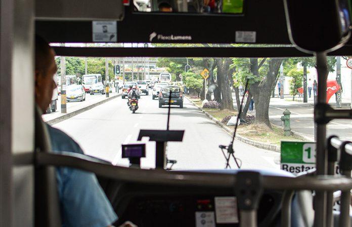 Buses de El Poblado: Control satelital a la velocidad y a las paradas, capacitación de conductores, carros nuevos y hasta wifi gratuito apuntan a un servicio de calidad.