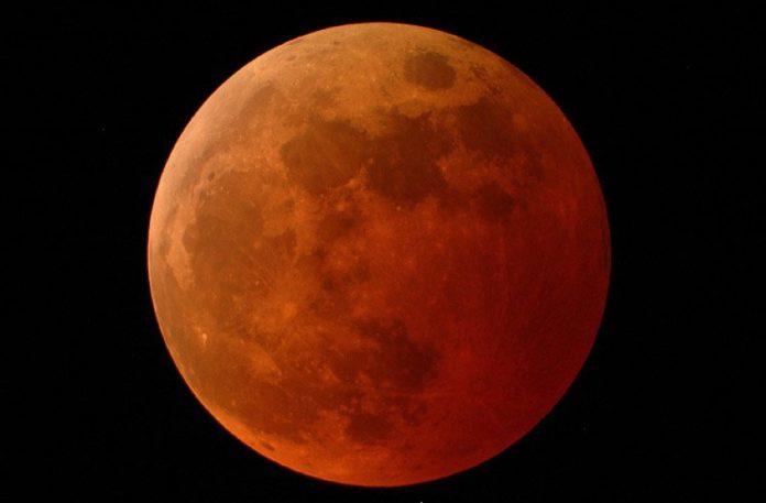 Eclipse Lunar
