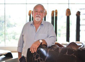Hugo Zapata el artista quindianoradicado en Medellín desde 1946.