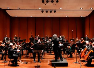 La Orquesta Sinfónica Eafit Invitada: pianista japonesa Mari Kagehira.