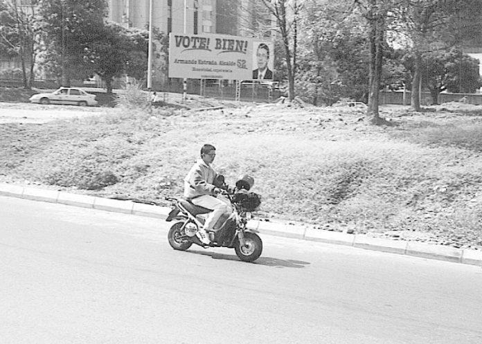 Hubo una época en la vida en que los motociclistas andaban sin casco
